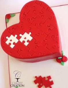 Heart Puzzle cake by Liz @ Cakery Creation Heart Shaped Birthday Cake, Heart Shaped Cakes, Heart Cakes, Fancy Cakes, Cute Cakes, Gorgeous Cakes, Amazing Cakes, Mini Tortillas, Valentines Day Cakes