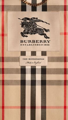 Thomas Burberry and his classic trench. Designer Iphone Wallpaper, 4k Wallpaper Android, Dope Wallpapers, Trendy Wallpaper, Aesthetic Wallpapers, Burberry Wallpaper, Mode Poster, Apple Watch Wallpaper, Whatsapp Wallpaper