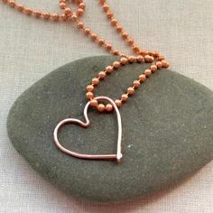 6 Free Heart Jewelry Tutorials: How to Make a Wire Heart