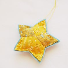 25 crafts of christmas // English Paper Piecing star ornament