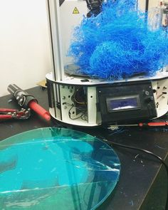 That moment when you went to check on your print and you saw that your glass bed is on the floor. Not to mention your print went wrong. Can this day get any worse? Tell us your recent mishap with your 3D printing/printers. #3Dfails #wtfmoment #frustrations #fml #3dprinting #trailanderror #3dprinted #3dprinters #3dprintmoments #failed #spyder3dworld #3dable #3ders #3dp #notagoodday #happymonday by spyder3dworld