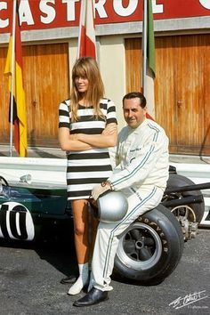 F1 Françoise Hardy-et Jack Brabham-Tournage du film Grand Prix. The drivers loved being movie stars!