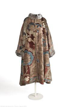 Coat Mariano Fortuny, 1930s Museo del Traje
