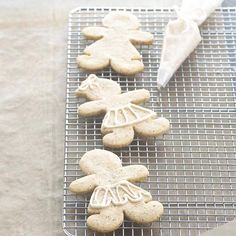 Tired of the same old gingerbread cookie recipe? We challenge you to try these Chai Spice Girls: http://www.bhg.com/christmas/cookies/freezer-friendly-holiday-cookies/?socsrc=bhgpin112313chaispicegirls&page=16