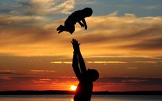 Happy Fathers Day Quotes, Messages, Sayings & Cards % Happy Fathers Day Wallpaper, Fathers Day Wallpapers, Who's The Daddy, Happy Father Day Quotes, Mom Quotes, Have Faith In Yourself, Beautiful Love Stories, Father Figure, Summer Solstice