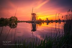 Kinderdijk Holland. by remoscarfo
