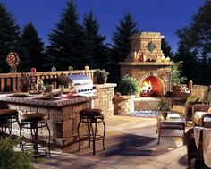 13 Amazing Gardens With Outdoor Fireplaces That Will Blow Your Mind - Top Inspirations