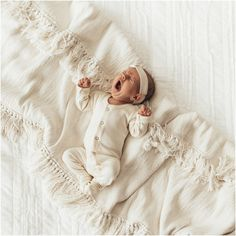 All white newborn portrait of baby yawning. All white newborn portrait of baby yawning. Cute Baby Pictures, Newborn Pictures, Baby Monat Für Monat, One Month Baby, Baby Kind, Newborn Outfits, Cute Baby Clothes, Beautiful Babies, Little Babies