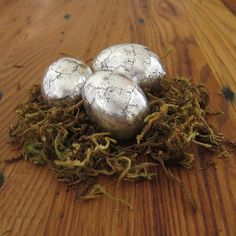 Antiqued Silver Eggs   19 DIY Easter Eggs That Don't Require Actual Eggs