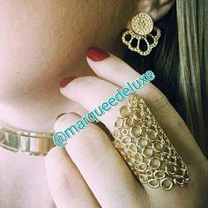 Olha que combinação linda para você arrasar na noiteee!!! Esses e outros acessórios você encontra na Marquee de Luxe!  Fica de olho nas nossas redes sociais!  Site: www.marqueedeluxe.com.br  Insta: @marqueedeluxe  Pinterest: Marquee de Luxe  Whats: (42)9802 3838