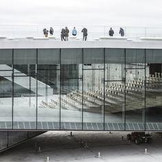 BIG a terminé le musée maritime national danois dans helsingør.