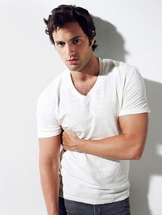 Penn Badgley... I may have actually watched Gossip Girl had I known he was in it.   HAHAHA JOKES!  Easy A will suffice :)  #iheartlobstertodd