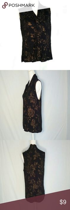 """212 Collection Black Gold Floral Size XL Blouse Lovely Black and gold blouse.   Size XL.  Flat lay measurements.  Bust 13"""".  Length 24"""".  Can also buy the skirt in my closet.  https://bnc.lt/focc/nqgIWecGBL  Comes from a pet friendly home. 212 Collection Tops Blouses"""