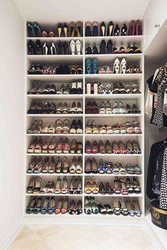 Colecci�n de zapatos de su firma personal