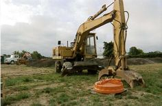 Earth Moving Equipment, Tires For Sale, Rubber Tires, Heavy Equipment, Caterpillar, Diesel, Construction, Big, Diesel Fuel