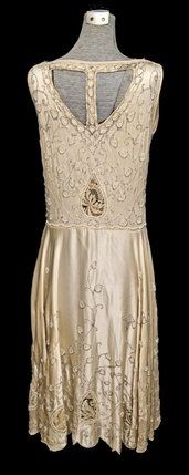 1920's Beaded dress - back - @Mlle
