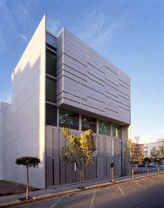 Centro Servef de Empleo de Novelda by Calatayud-Navarro Arquitectos (Novelda, España) #architecture