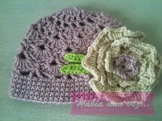 Knitted wool crochet hat with flower on Etsy, US$17,00