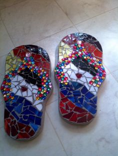 Concrete mosaic jewelled flip-flops. Going to make these at next class.