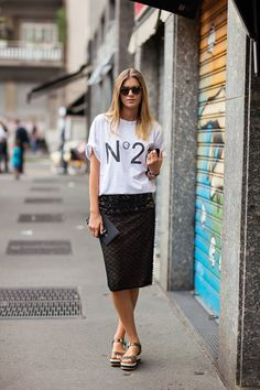 Parisienne: Change-out your t-shirts