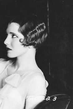 vintage hair inspiration | Jean Arthur in The Greene Murder Case, 1929.