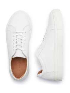 big sale ff9e1 85104 These sneakers are by Danish brand Selected Femme. A minimalist style, it  has a rubber sole and leather upper.