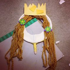 #Paperplate #princess #mask. & Paper plate princesses. Construction paper crown yarn hair button ...