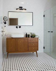 Mobile bagno vintage in Teak massello Mobili su misura e disegno, pezzi unici autentici www.giallosun.com #arredamentovintage #bathroom #mobilietnici #arredamentomoderno #bagno