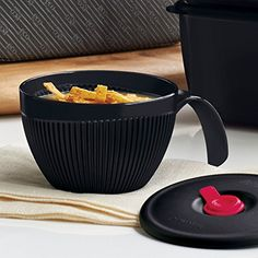 VENT 'N SERVE® SOUP MUG - This is one of my favorite pieces of Tupperware! I use it for soups, cereal, ice cream, etc. Tupperware Consultant, Soup Mugs, Logan, Microwave, Panna Cotta, Soups, Cereal, June, Ice Cream