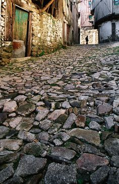 Calle (lane) De La Alberca by Diego Lezama