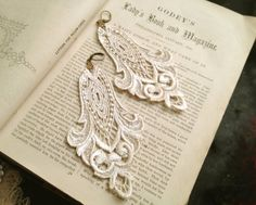lace earrings LONGORIA vintage pearl white by tinaevarenee on Etsy, $28.00