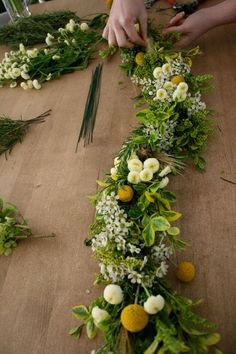 Guirnalda de flores frescas 4