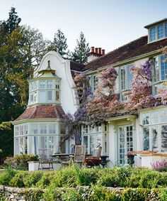 Cape Dutch-style Victorian Country House (the wisteria is lovely) Dream Home Design, My Dream Home, House Design, Future House, Cape Dutch, Dutch House, European House, House Goals, Victorian Homes