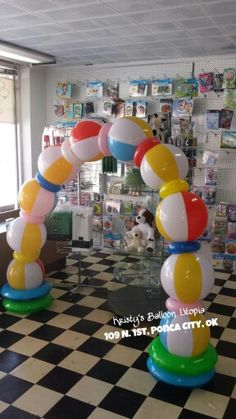 Beachball Arch Beach party!    Kristy's Balloon Utopia