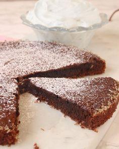 Seg chokladkolakladdkaka – Lindas Bakskola