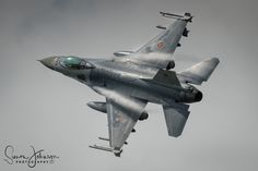 """"""" Viper Fluff"""" - F-16AMLU of the Belgian airforce putting on a show at Florennes during tactical weapons meet."""