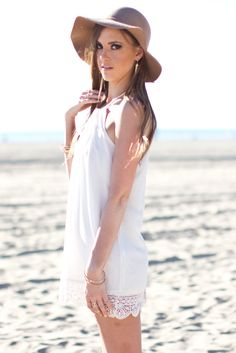 White Mini Dress Beach | fashjourney.com