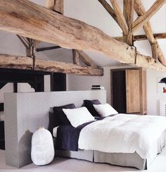 Master bedroom decor ideas - Like A Picture Perfect Home Using This Helpful Home Design Advice Barn Bedrooms, Home Bedroom, Bedroom Decor, Master Bedroom, Design Bedroom, Nature Bedroom, Bedroom Ideas, Wooden Bedroom, Attic Design