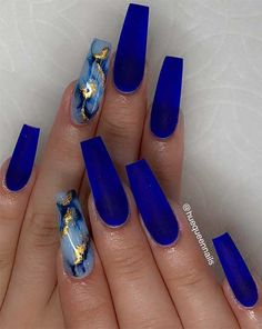 Do you need a new design for your nails? Have you not found the perfect nail idea yet? If so, come to our website for inspiration. We have found 48 Concise Acrylic Coffin Nails Designs and Ideas. Dark Blue Nails, Blue Coffin Nails, Blue Acrylic Nails, Summer Acrylic Nails, Nail Art Blue, Cool Nail Art, Summer Nails, Cobalt Blue Nails, Marbled Nails