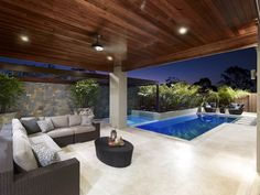 Having a pool sounds awesome especially if you are working with the best backyard pool landscaping ideas there is. How you design a proper backyard with a pool matters. Indoor Outdoor Living, Outdoor Areas, Outdoor Rooms, Patio Interior, Swimming Pool Designs, Swimming Pools, Backyard Patio, Patio Wall, New Homes