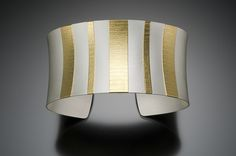 Cuff | Thomas McGurrin. 'Bold Stripes'.  22k gold and sterling silver.