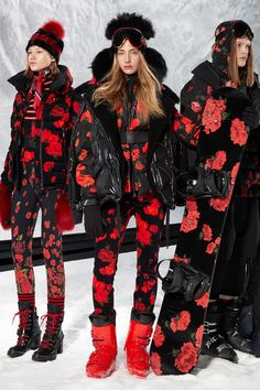 The complete Moncler 3 Grenoble Fall 2018 Ready-to-Wear fashion show now on Vogue Runway. Fashion 2018, Fashion Week, New York Fashion, Runway Fashion, Winter Fashion, Womens Fashion, Fashion Trends, Moncler, Sandro