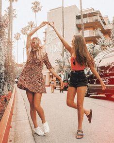 """L♀👩🏽🦳 Cute teen O … – girl photoshoot ideas Cute Friend Pictures, Best Friend Pictures, Cute Photos, Cute Pictures, Friend Pics, Bff Pics, Beach Pictures, Cute Friends, Best Friends"