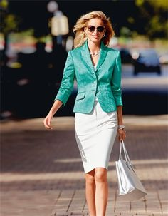 Blazer in the color mint - green - in the MADELEINE online collection