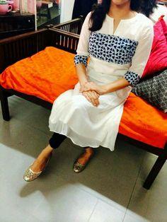 My fav Kurtis design Salwar Pattern, Kurta Patterns, Churidar Designs, Kurta Designs Women, Dress Neck Designs, Blouse Designs, Indian Attire, Indian Wear, Kurtha Designs