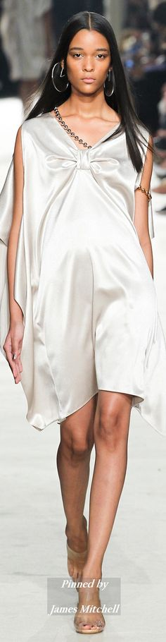 Alexis Mabille Collection Spring 2015