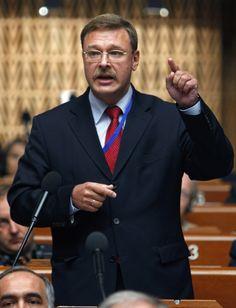 Косачев: взрывы в Стамбуле направлены против попыток Турции наладить отношения с РФ.             Взрывы в аэропорту Стамбула являются попыткой помешать турецким властям наладит