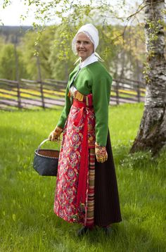 In the book SCANDINAVIAN FOLKLORE, the region of Boda is picturing various versions of folk costumes worn at Midsummer, Lent, confirmation, weddings and funerals. The importance of the correct dress code is evident in the tales still told of women being denied entrance to church due to a wrong choice of apron, or the farmers being disciplined by the clergyman at the sunday service for dressing too worldly.