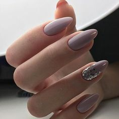 There are three kinds of fake nails which all come from the family of plastics. Acrylic nails are a liquid and powder mix. They are mixed in front of you and then they are brushed onto your nails and shaped. These nails are air dried. Oval Nails, Nude Nails, My Nails, White Nails, Lilac Nails, Clear Nails, Shellac Nails, Stiletto Nails, Coffin Nails