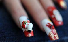 Modele de unghii de Crăciun | Frumuseţe | Unica.ro
